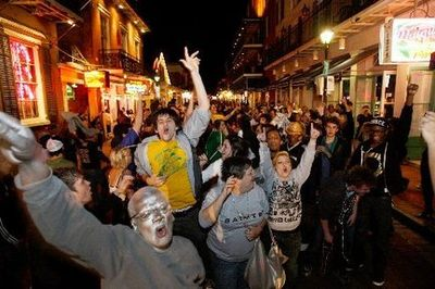 Saints-fans-bourbon-street