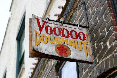 Voodoo doughnuts 01