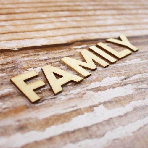 EllesStudio-November-FamilyWood